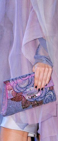 Giorgio Armani at Milan Fashion Week Spring 2014 - Details Runway Photos Fashion Brands, High Fashion, Womens Fashion, Fashion 2014, Glamour, Armani Prive, All Things Purple, Purple Fashion, Shades Of Purple