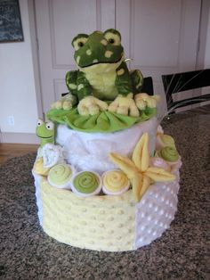 Easy Diaper Cake Instructions | Diaper cake inspirations for your next baby shower. Enjoy the gallery ...