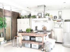 Plants, urbanjungle, industrialkitchen industriele keuken, werkbank
