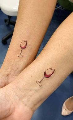 wine and glass couple tattoos design 2020 wine tattoo couple tattooideas trendingtattoo um are you even bffs if you dont get one of these best friend tattoos Friend Tattoos Small, Matching Best Friend Tattoos, Tattoo Small, Bestie Tattoos Bff, Matching Tattoos For Sisters, Tattoos For Friends, Soul Sister Tattoos, Cute Sister Tattoos, Small Matching Tattoos
