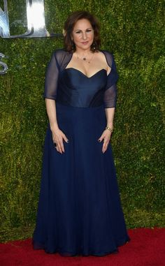 Kathy Najimy from 2015 Tony Awards Red Carpet Arrivals The actress slips into a sapphire gown with a sweetheart neckline and sheer sleeves. Plus Size Cocktail Dresses, Plus Size Formal Dresses, Plus Size Gowns, Evening Dresses Plus Size, Wedding Dresses Plus Size, Dressy Dresses, Strapless Dress Formal, Blue Dresses, Navy Dress