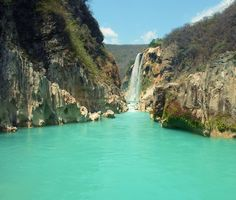 Tamul waterfalls, San Luis Potosí, Mexico ✯ ωнιмѕу ѕαη∂у
