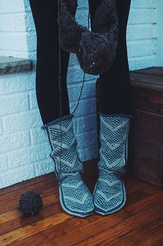 Ravelry: Wanderers: Modern Mukluks pattern by Andrea Mowry