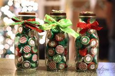 Cute idea for Starbucks Bottles - actually made these for little gifts last year and they were a huge hit. I just used a circle punch and scraps of holiday scrapbook paper that I had, and they were so stinkin' cute! Christmas Favors, Christmas Paper Crafts, Christmas Activities, Holiday Crafts, Christmas Crafts, Christmas Ideas, Holiday Ideas, Starbucks Bottle Crafts, Starbucks Bottles