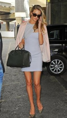 Social Wardrobe: Rosie Huntington Whiteley Street Style
