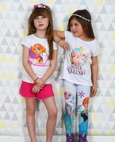 Etes-vous plutôt Disney Princesses, ou Pat' Patrouille? Peu importe la réponse, vous trouverez votre bonheur sur www.tous-les-heros.com !