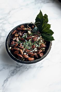 festive nut mix ++ via suvisur le vif