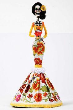 #Catrinas #PinedaCovalin I want as a #tattoo y con unas flores de cempazuchil