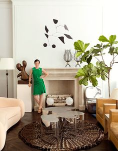 modern, chic living room of designer Delphine Krakoff. Love the camel leather chairs and fiddle leaf fig tree. Decor, House Design, Room, Townhouse, Chic Living Room, Family Room, Home, New York Townhouse, Interior Design