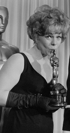 """40th Academy Awards® (1968) ~ Estelle Parsons won the Best Supporting Actress Oscar for her performance in """"Bonnie and Clyde"""" (1967) (Won 1 Oscar. Another 2 wins & 6 nominations)"""