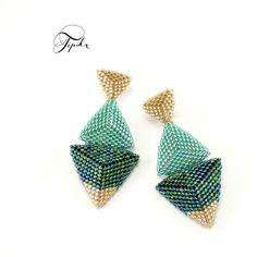 Items similar to Sea - beaded stud earrings on Etsy Diy Earrings, Stud Earrings, Seed Bead Jewelry, Bead Jewellery, Jewelry Making Tutorials, Beading Tutorials, Beaded Jewelry Patterns, Beading Patterns, Bead Earrings