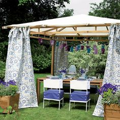 With the warmer here, it's time to sort the patio with our easy patio ideas. Try our low-effort, maximum-reward ideas for glorious gardens