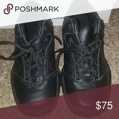 Reebok work shoes Black Reebok work shoes. Brand New shoes, with thick soles. Good if you stand all day. A little bulky for my taste. Perfect condition. Reebok Shoes Sneakers