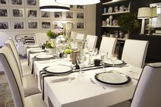 Project by Ana Antunes - Dining Room for all the tv show team - Black & White & Blue Wedding Dinner, Wedding Table, Red Wedding, Black Accent Walls, Black And White Interior, Black White, Dinner Table, Table Settings, Sweet Home