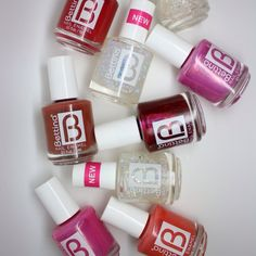 Prepárate para el 2016 con uno de los nuevos colores que te trae #Bettina. #nailenamel #nailpolish #nails