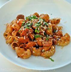 Hella & houkutus: Chorizo-tomaattipasta