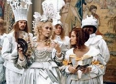 SuperStock - THE THREE MUSKETEERS and THE FOUR MUSKETEERS 1973 / 1974 DIRECTE Faye Dunaway and Nicole Calfan
