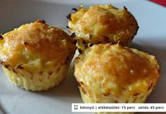 Burgonya röszti muffin Good Food, Yummy Food, Tasty, Quiche Muffins, Vegas, Hungarian Recipes, Cupcakes, Potato Dishes, Quick Meals