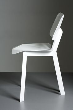 Origami Chair by Heads.Inc side