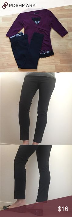 Maurices Black SMART ankle pants, 9/10. Maurices Black SMART ankle pants, 9/10. These are my favorite style from Maurice's. They have a little stretch but are still business like and not jeggings which I can't wear to the office. Relaxed hip and thigh. Skinny leg opening. Perfect for work, Good condition. No stains, rips, or tears. Maurices Pants Skinny