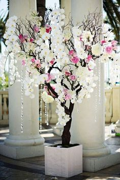 Odds and ends to add to flowers. Organic tree look to branches and crystals.