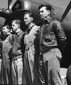 A-2 Flying Jacket, Langley Field, Virginia. YB-17 May 1942