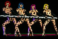 Crazy Horse cabaret Paris