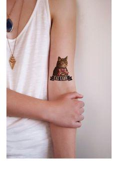 Tatouage de chat éphémère et coloré