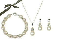 Sumptuous Pearl Wedding Jewellery at weddingtiarasandjewellery.co.uk
