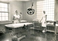 Miss Kathleen Riley, RN, and Miss Janet Benson, RN, show a delivery room at St. Luke's hospital on October (News-Tribune file photo) American Splendor, Hospital Photos, Delivery Room, Medical History, Trees To Plant, Vintage Photos, 1960s, Attic, Nursing