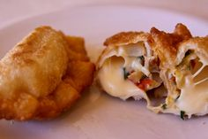 Empanadas stuffed with cheese from the Spirit Cooks recipe book - an every day delicacy in Salta and most of Argentina Argentina Recipes, Argentina Food, Empanadas, Diabetic Recipes, South America, Spanish, Healthy Eating, Spirit, Cheese