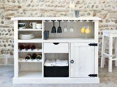 Meuble bar Fly : un joli meuble blanc à mettre dans le salon pour réunir les verres à pied, les bouteilles de vin, les bouteilles debout dans le placard,...