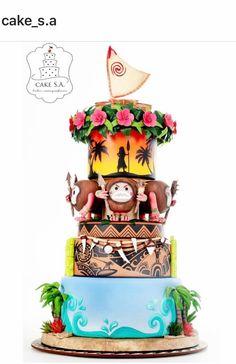 The boat, head lei, Moana,kakamora,Maui,and the ocean Moana Themed Party, Moana Birthday Party, Moana Party, Birthday Cake Girls, Luau Party, 2nd Birthday Parties, 4th Birthday, Birthday Ideas, Moana Y Maui