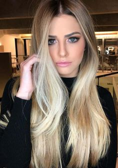 Explore the beauty of vanilla blonde hair color ideas. This is one of the top shades of blonde hair colors when we talk about the best blonde colors and highlights. If you have tired by wearing the old blonde colors then you definitely go for these best vanilla blonde colors in 2018.