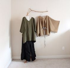 3 pieces handmade to measure linen outfit including a top, pants and a jacket. Colors as photos shown ( please specific if you like