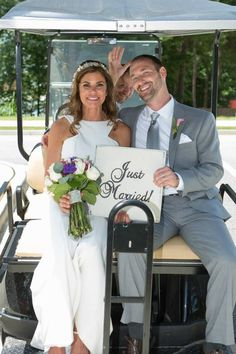 Just Married Sign! Great for a Ring bearer or for your exit photo