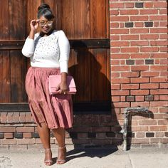 It's that time again, I'm back with the Babes of #UnitedlyPlus  and this time our style theme is Sweaters x ...