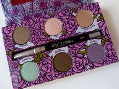 Review: Urban Decay - The Feminine Palette