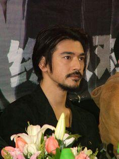 Asian Men Hairstyle, Men Hairstyles, Sexy Asian Men, Takeshi Kaneshiro, Acting Skills, Asian Style, His Eyes, Korean Actors, Gorgeous Men