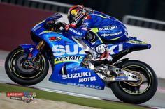 The second day of testing in Qatar sees three manufacturers split by under 0.1s at the top with Viñales back to his best.
