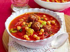 Kichererbsen-Tomaten-Eintopf mit Hackbällchen Rezept | LECKER