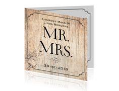 Klassieke trouwkaart met hout en lijnen in zwart en wit