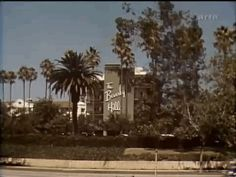 The always iconic Beverly Hills Hotel. | Vintage Los Angeles In 14 Mesmerizing GIFs