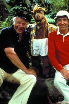 "Weird TV Crossover: ""Alf"" & ""Gilligan's Island"" - BuzzFeed Mobile"