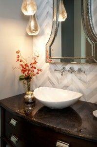 Hamptons-inspired-luxury-powder-room-1