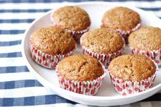 Muffinárium - O muffinech a jiné zvířeně Cake Boss, Cupcakes, Breakfast, Food, Morning Coffee, Cupcake Cakes, Essen, Meals, Yemek