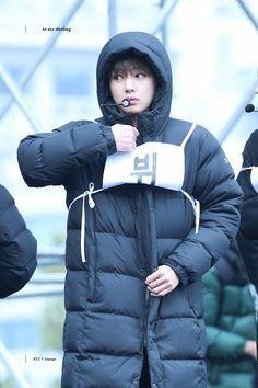 ♡ cutie... Look how cute he is