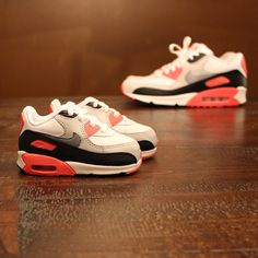 Baby Nike Air Max 90 Infra reds Finally gonna have someone to match sneakers with again! :)