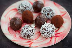 Bliss balls recipe, Herald on Sunday – Sweetened only with dates these natural bursts of cocoa are a filling tasty fun snack A recipe like this relies on quality ingredients though good cocoa and goodquality vanilla in particular Bliss balls are fun to make with kids ampndash they especially like the rolling in coconut part ampndash and they also make the perfect sweet treat after dinner or for afternoon teaampnbspTake a look at our best bliss balls for more – bite.co.nz