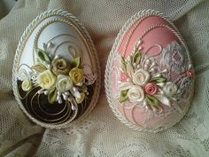 Wonderful Ribbon Embroidery Flowers by Hand Ideas. Enchanting Ribbon Embroidery Flowers by Hand Ideas. Egg Crafts, Easter Crafts, Decoration Shabby, Decorations, Egg Shell Art, Easter Egg Designs, Quilted Ornaments, Diy Ostern, Easter Projects